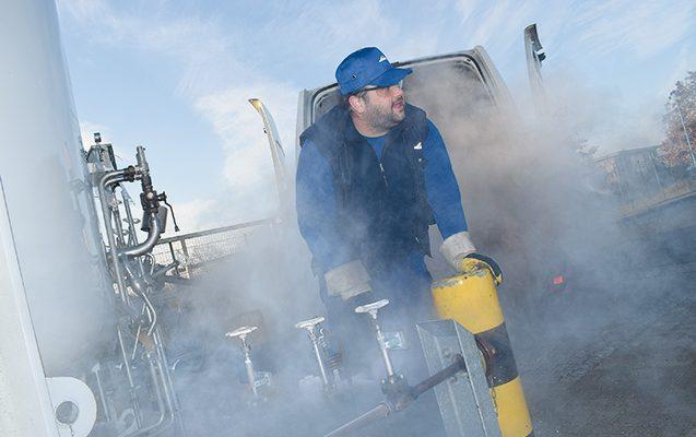 Refilling the oxygen tank